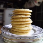 Stack_of_Plain_Biscuits