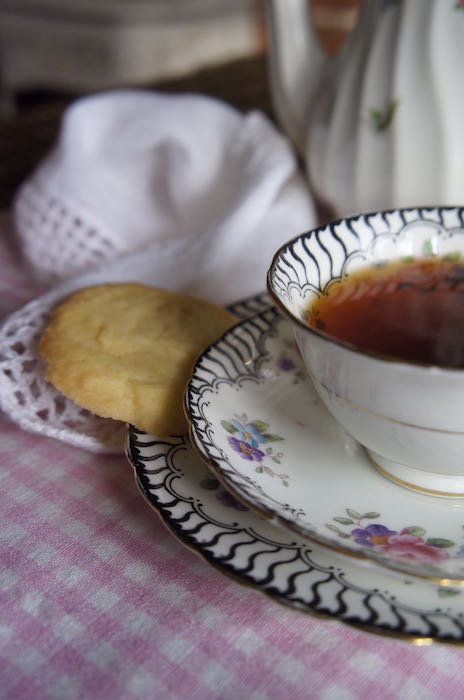 Vintage_Tea_Cup_and_Biscuit