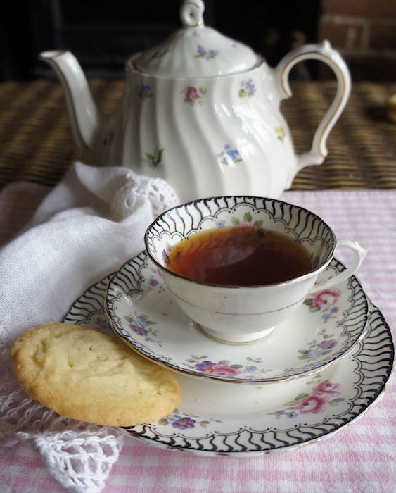 The-Eating_Tree_Vintage_Teacup_and_Biscuit