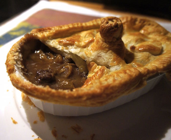 Steak_and_Mushroom_Pie