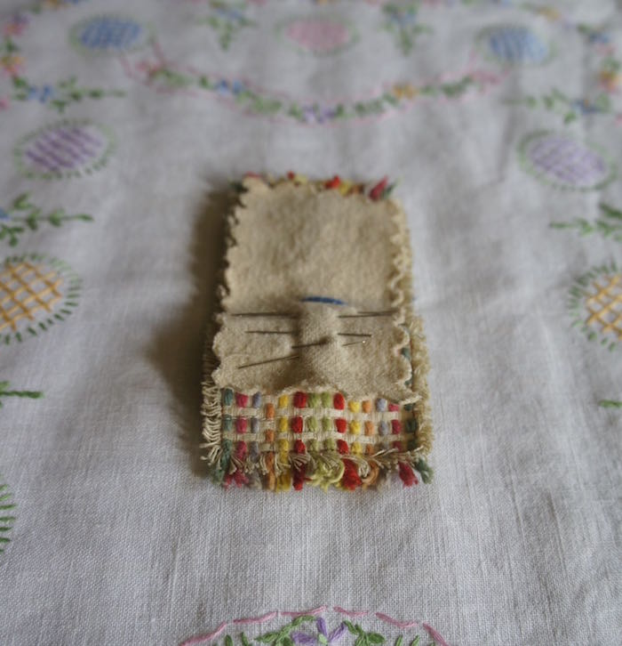 Vintage_Tray_Cloth_and_Needle_Case