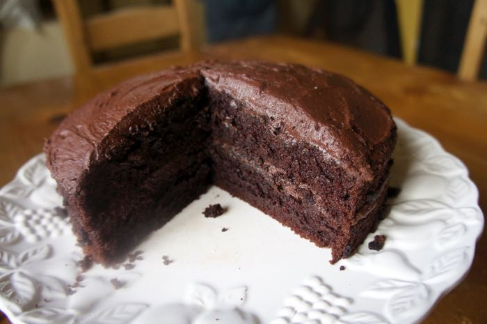 THE EASIEST, QUICKEST CHOCOLATE CAKE EVER