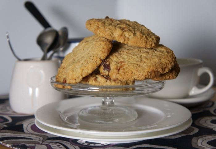 STEM GINGER AND CHERRY BISCUITS
