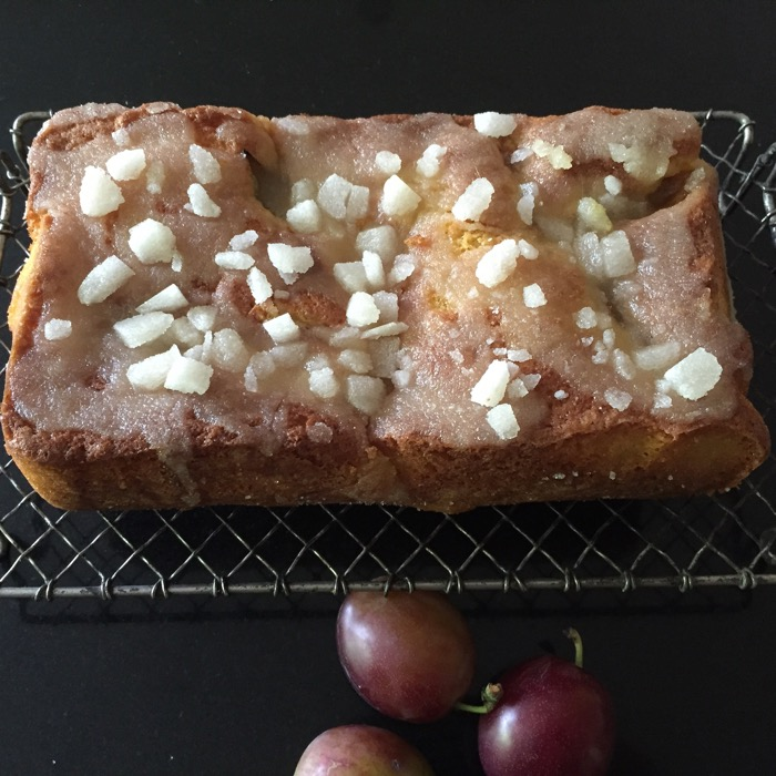 PLUM CRUNCH CAKE